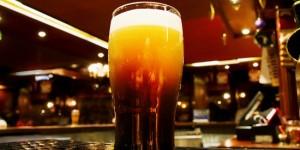 51719_londra_una_birra_in_un_irish_pub_di_londra