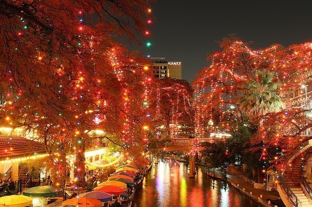 The San Antonio Riverwalk lit up for Christmas (Photo credit: Communities Digital News)